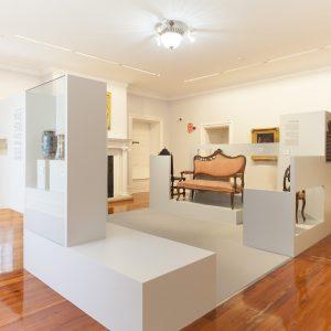 Diseño exposición en Pazo de Castrelos artes decorativas