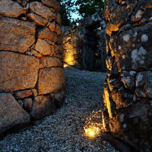 Bodega de piedra en vivienda en Combarro